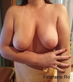 Iulia escorta matura 48;ani